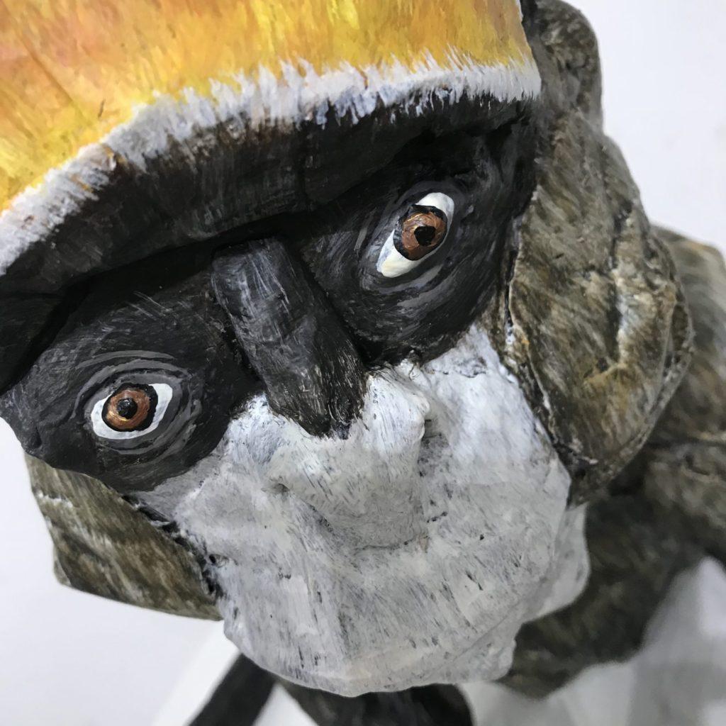 ダンボール彫刻展の猿